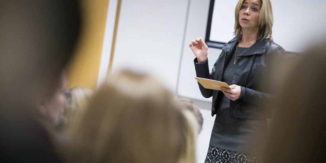 Prorektor for utdanning på Høgskolen i Oslo og Akershus, Nina Waaler, synes det er svært spennende å koordinere arbeidet med å gjøre det lettere for flyktninger å få fullført utdanning og/eller realisert sinkompetanse. Foto: Øyvind Aukrust