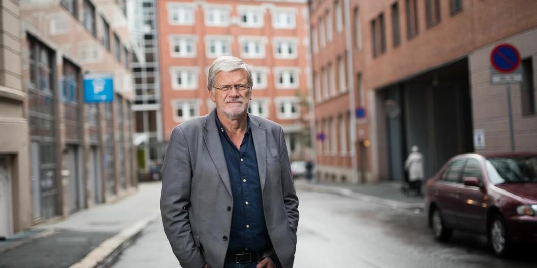 Professor Anders Breidlid foreslår en ny støtteordning for å fremme skriving av lærebøker, mens man venter på at status for slike bøker skal bli like høy som for reneforskningsartikler.