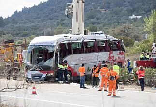 Minst 13 Erasmus-studenter omkom i bussulykke i Spania