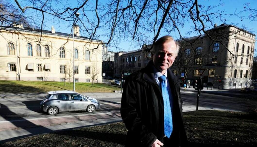Rektor Ole Petter Ottersen har støtte fra mange i sitt syn på at valgt ledelse er best på universitetet, men en del er også positive til ansatt rektor. Foto: Ola Sæter,Uniforum