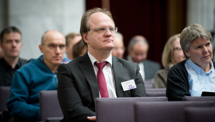 Rektor ved UiA Frank Reichert ber om tid før han legg fram tiltak mot seksuell trakassering. Foto: Skjalg Bøhmer Vold