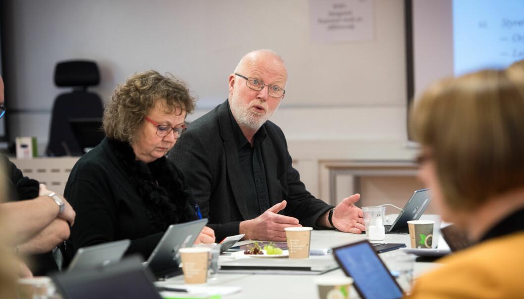 Professor Ragnar Audunson ved Høgskolen i Oslo og Akershus (HiOA) leder et forskningsprosjekt som nettopp har fått 15 millioner kroner fra Forskningsrådet. Antall søknader både til Forskningsrådet og EU-programmene fra forskere ved HiOA harøkt. Foto: Skjalg Bøhmer Vold