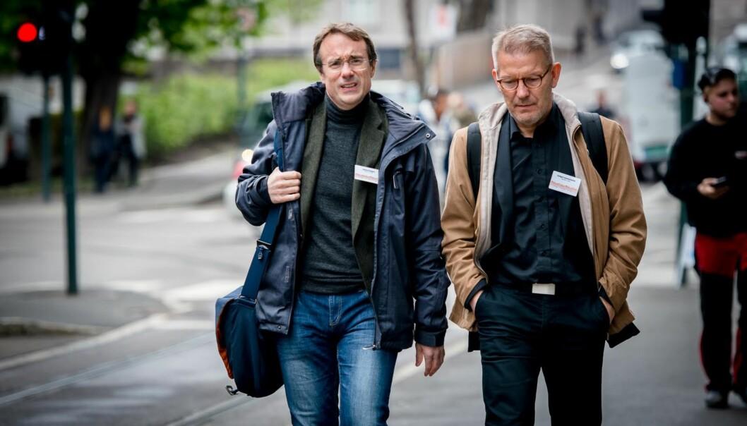 Volda-rektor Johann Roppen (t.v.) og Molde-rektor Hallgeir Gammelsæter mener regjeringen rammer regionen deres ved ikke å tildele noen stipendiatstillinger til høgskolenesdoktorgradsprogrammer.