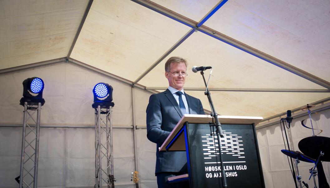 I universitetssøknaden argumenterer rektor Curt Rice ved Høgskolen i Oslo og Akershus for at høgskolen har forskning og utdanning av høy internasjonal kvalitet på firefagområder. Foto: Skjalg Bøhmer Vold