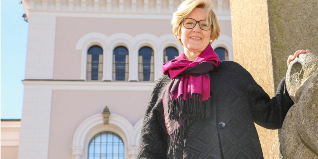 Jeg synes rett og slett det er en spennende utfordring, sier prorektor i Bergen, Anne Lise Fimreite, som kan komme til å overta posisjonen som styreleder i Khrono etter medieprofessor ArneKrumsvik. Foto: Ida Bergstrøm