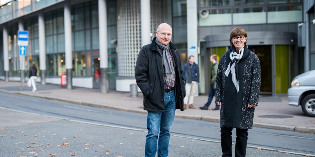 Dekan Dag Jenssen og fakultetsdirektør Marja Lundell ved Fakultet for samfunnsfag er blant dem som ønsker å beholde dagens modell, der prodekanene kun har en faglig rolle ifakultetsledelsen. Foto: Skjalg Bøhmer Vold