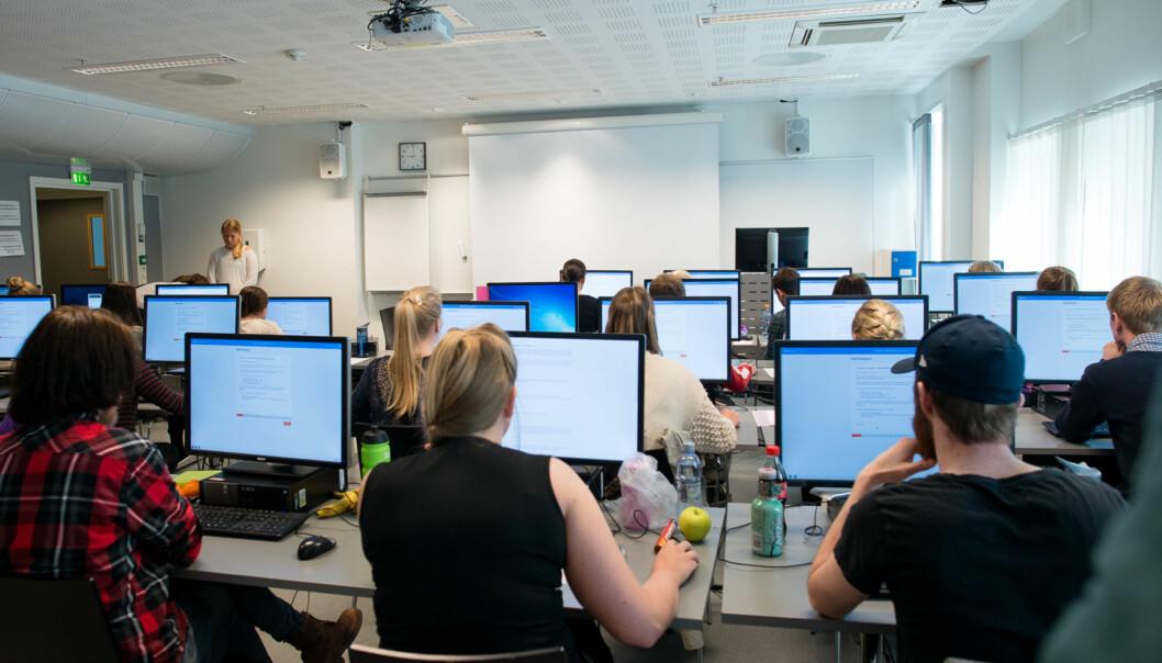 Arkivbilde fra digital eksamen på bachelor i Økonomi og administrasjon ved Høgskolen i Oslo ogAkershus. Foto: Skjalg Bøhmer Vold
