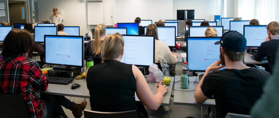 Leder av Norsk studentorganisasjon mener det er studentene blir skadelidende av utsatt sensurfrist. Arkivfoto: Skjalg Bøhmer Vold