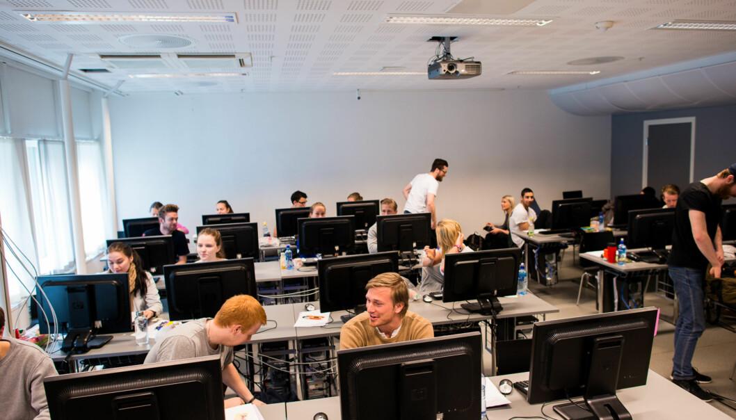 Digital eksamen på Øk. adm. Foto: Skjalg Bøhmer Vold