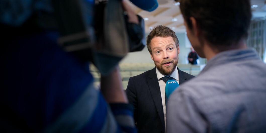 Torbjørn Røe Isaksen har vært lydhør i runden med innspill på rammeplan for den nye utdanningen avgrunnskolelærere. Foto: Skjalg Bøhmer Vold