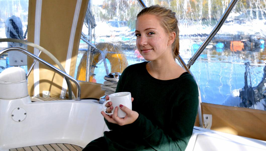 Mangel på studentboliger fører til kreative løsninger, som Karoline Wadseth Aase, som bodde i enseilbåt. Foto: Maja Lindseth