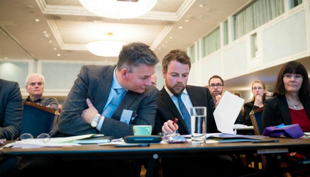 Statssekretær Bjørn Haugstad og statsråd Torbjørn Røe Isaksen er er i tvil om styringsmodellen er sterk nok i enallianse.