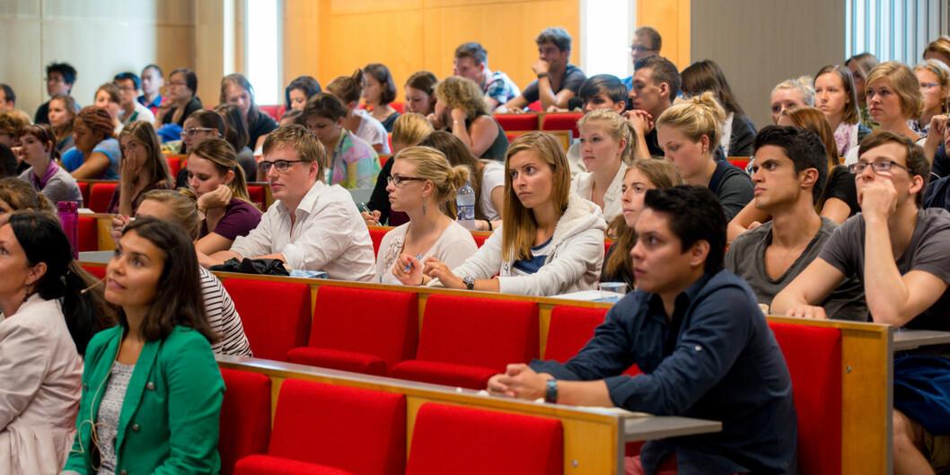 Norske studenter, særlig på bachelornivå, forteller om lite omfang av internasjonalisering istudiehverdagen. Foto: Skjalg Bøhmer Vold