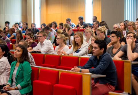 «Internasjonale studenter beriker ikke vår utdanning»