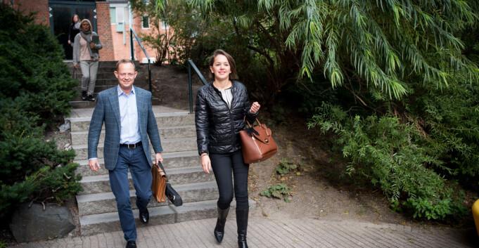 Røkke og Aker speider etter topp-studenter