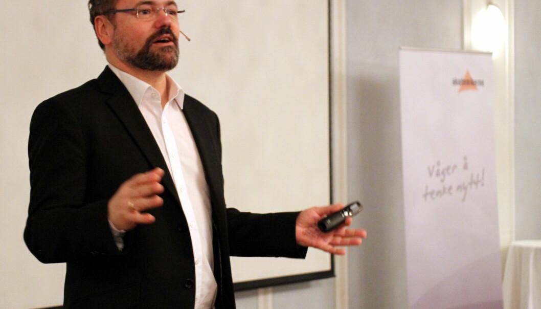 Leder for Akademikerne, Knut Aarbakke, mener ansatte på høgskoler og universitet må få stå lenger i jobben sin enn til de fyller 70. Foto:Akademikerne