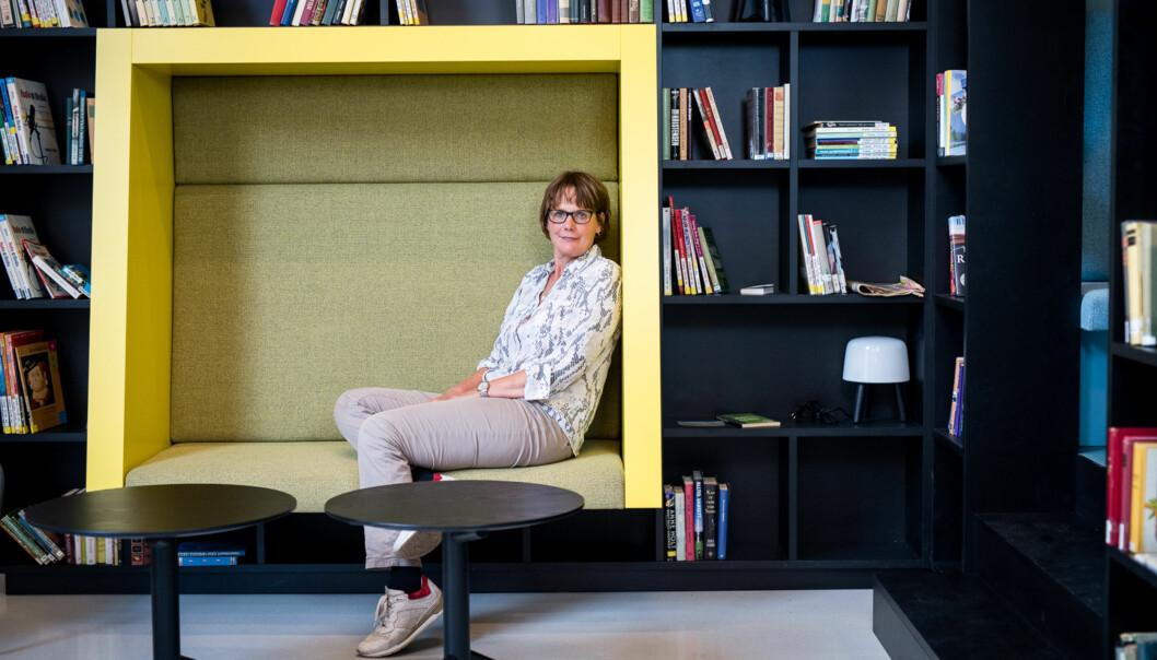 Medieprofessor Trine Syvertsen ved Universitetet i Oslo leder arbeidet med å vurdere en fusjon, eller annet forpliktende samarbeid, mellom Kunsthøgskolen i Oslo, Norges Musikkhøgskole og Arkitektur- og designhøgskolen iOslo. Foto: Skjalg Bøhmer Vold