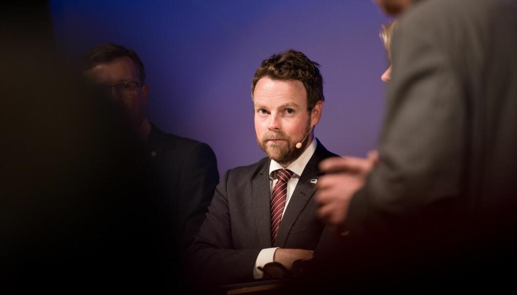 Kunnskapsminister Torbjørn Røe Isaksen synes man bør forvente at alle norske studenter tar et utenlandsopphold i løpet avstudietiden. Foto: Skjalg Bøhmer Vold