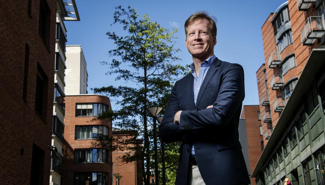 Curt Rice ser fram til valgvake ved Høgskolen i Oslo og Akershus 8.november når USA velger ny president. Foto: BenjaminWard/HiOA