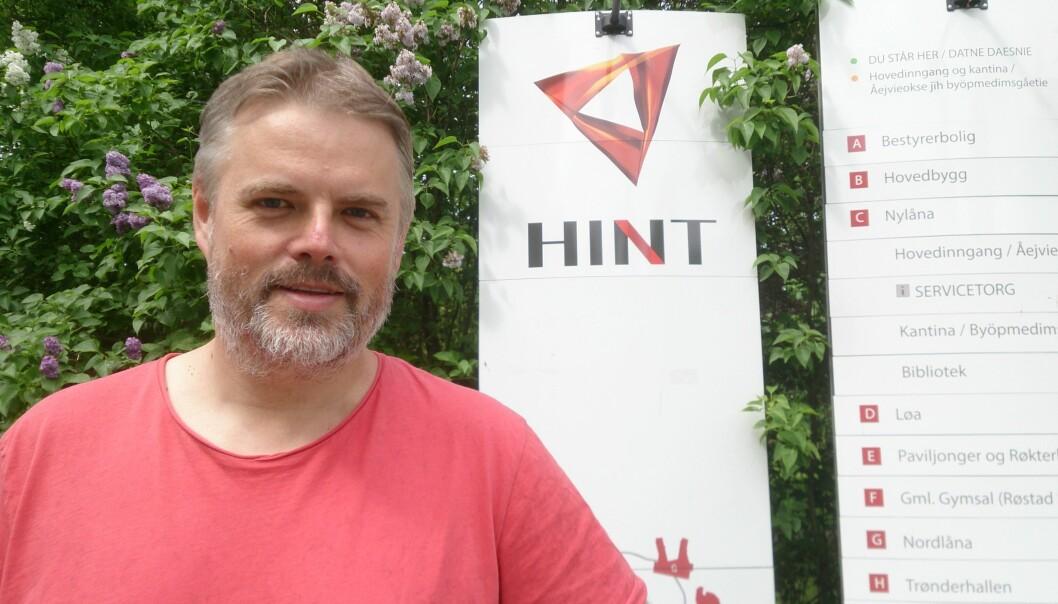 Kjærand Iversen ved HiNT er ikke nødvendigvis imot fusjon mellom HiNT og Universitetet i Nordland, men kritisk til prosess og tempo i fusjonssaken. Foto: ToreHeggem
