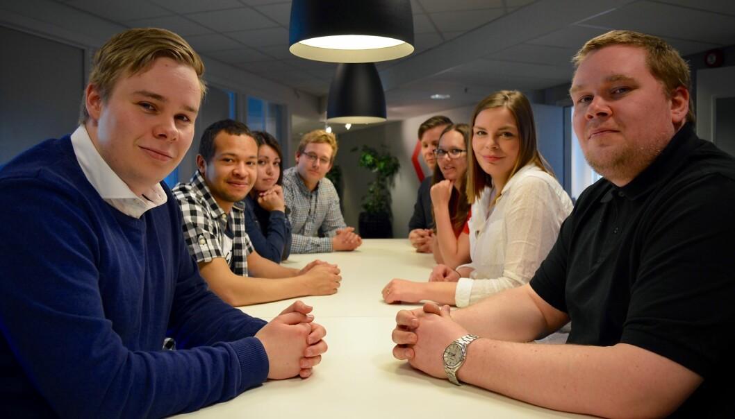 Åtte studenttillitsvalgte fra de tre høyere utdanningsinstitusjonene som skal fusjonere i Nord-Norge. Foto: ØysteinFimland