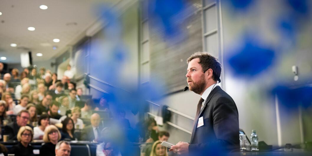 Torbjørn Røe Isaksen har fordelt fusjonsmillioner, men spart en slump penger, som han håper kan fordeles til nye fusjoner i løpet avåret. Foto: Skjalg Bøhmer Vold