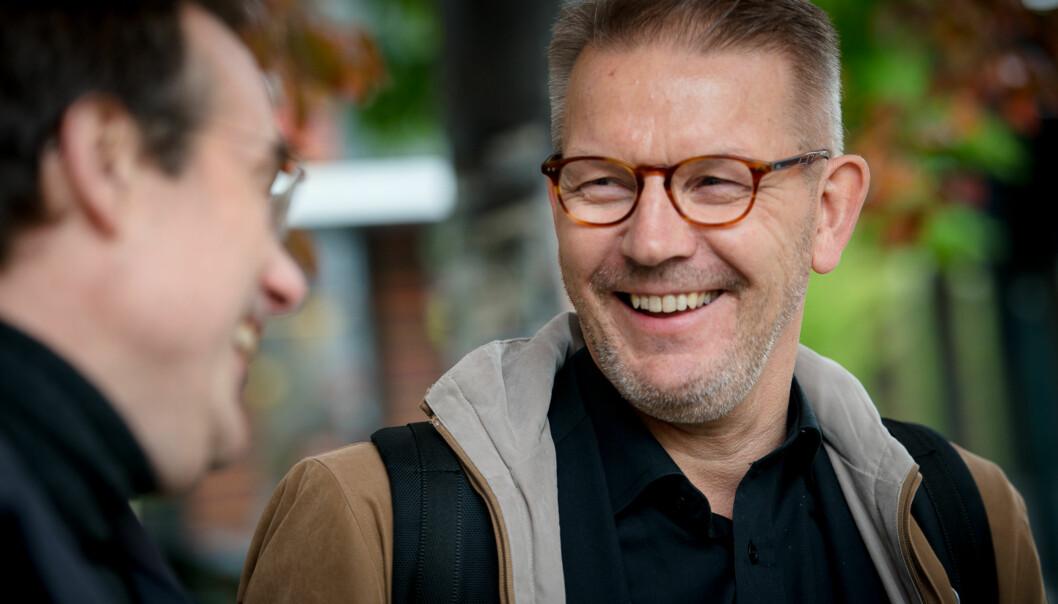 Påtroppande rektor ved Høgskulen i Volda, Johann Roppen (t.v.) og nyleg attvald rektor ved Høgskolen i Molde, Hallgeir Gammelsæter, planlegg allianse for å sleppetvangsfusjon. Foto: Skjalg Bøhmer Vold