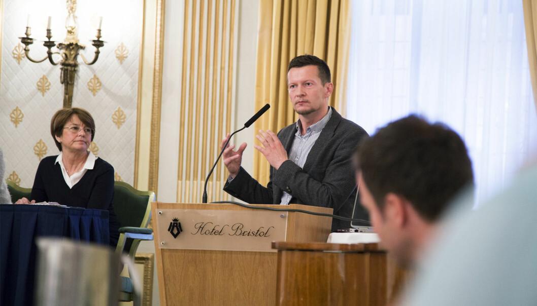 Direktør i NOKUT, Terje Mørland, kommenterer ny rapport om relevans og samarbeid mellom arbeidsliv ogakademia. Foto: Øyvind Aukrust