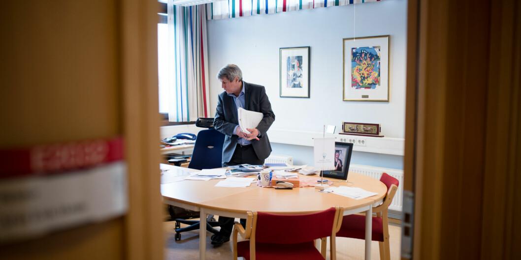 Rektor Arne Erik Holdø ved Høgskolen i Narvik har antagelig ingen høgskole å være rektor for etter 1. januar2016. Foto: Skjalg Bøhmer Vold