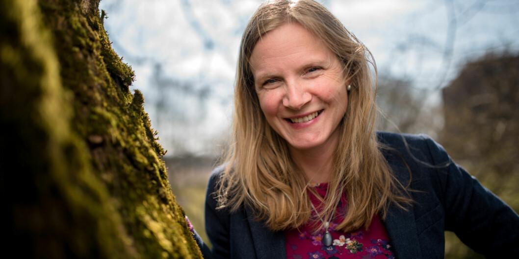"""Mari Sundli Tveit forteller hun er letta og glad for at styret ved Norges miljø- og biovitenskapelige universitet (<span class=""""caps"""">NMBU</span>) vedtok å ansatte henne som rektor i fire nyeår. Foto: Skjalg Bøhmer Vold"""