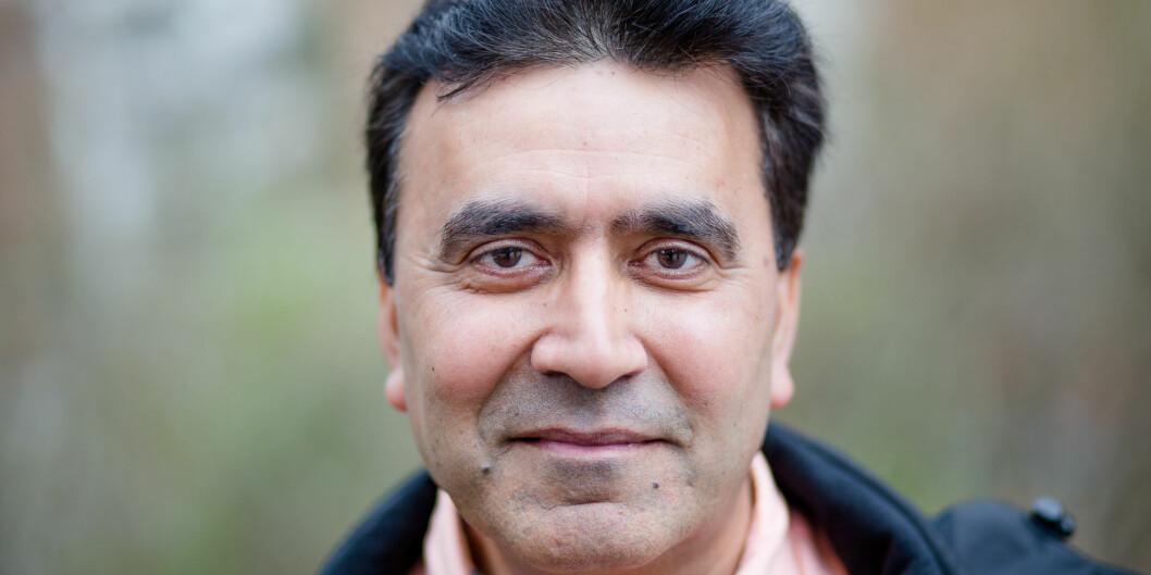 Naresh Kumar Chhura håper flere følger ham inn i det han mener er et utrolig viktig og spennendeyrke. Foto: Eskil Wie