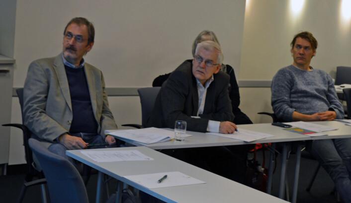 På seminar: (fra venstre) Petter Øyan, dekan, Petter Odlang, leder av fakultetsstyret og medlem av fakultetstyret professor Tore Gulden.