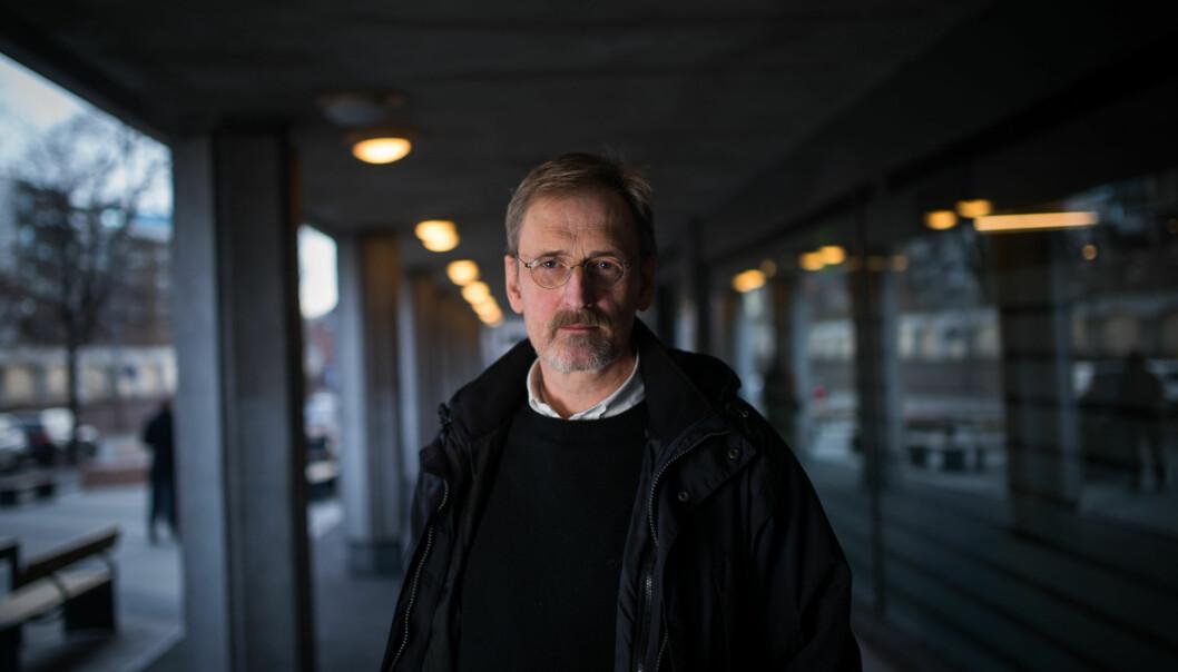 — Jeg har ikke vurdert min egen stilling. Jeg tar utfordringen med å rydde opp, sier dekan Petter Øyan etter at en psykolograpport konkluderer med at det ikke er et fullt forsvarlig arbeidsmiljø på fakultetet hanleder.