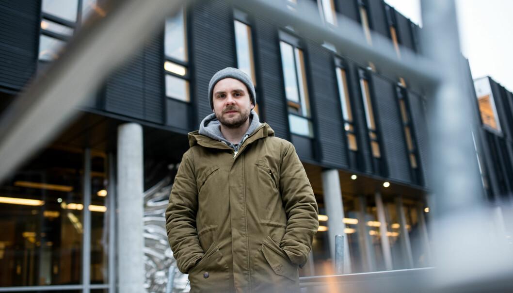 Halvdan Hoem Grelland fikk 12.000 kroner til videre utdanning av Høgskolen i Oslo og Akershus. Det var bare fire studenter som søkte om pengene - av 1500mulige. Foto: Skjalg Bøhmer Vold