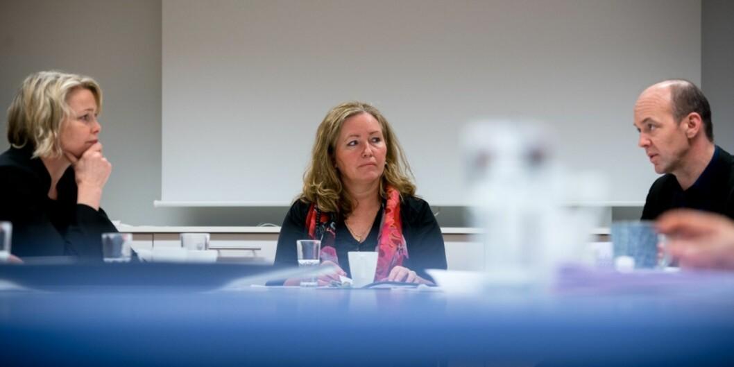 """De to topplederne ved Høgskolen i Oslo og Akershus, Kari Toverud Jensen (t.v.) og høgskoledirektør Ann Elisabeth Wedø (midten) kan komme til å slutte samtidig, 1.august neste år, dersom styret vedtar forslaget om enhetlig ledelse og dermed følger flere av forslagene til <span class=""""caps"""">NIFU</span>s Kyrre Lekve bl.a.(t.h.)."""