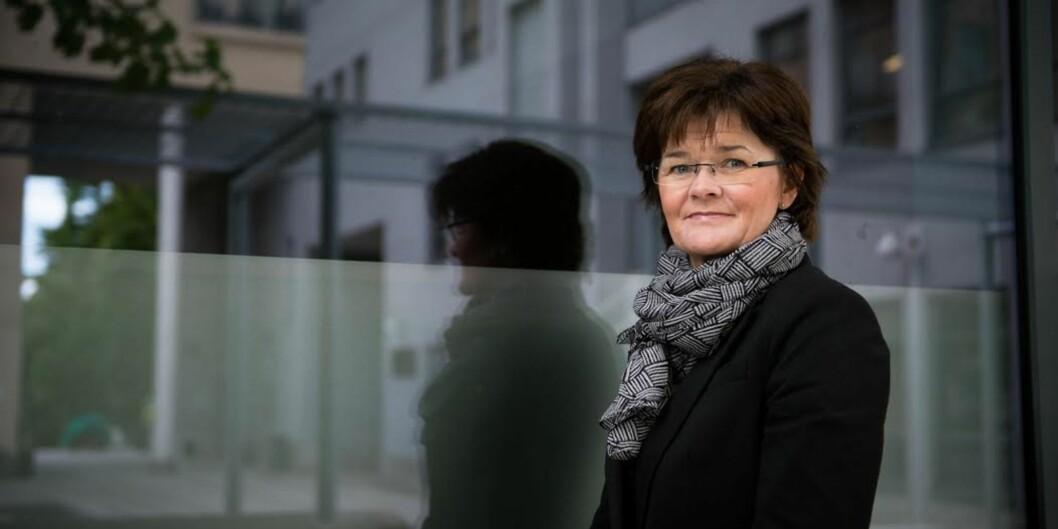 Instituttleder Trine Ellekjær ved Institutt for økonomi og administrasjon på Høgskolen i Oslo og Akershus sliter med å gjøre økonomitilbudet på høgskolen kjentnok.