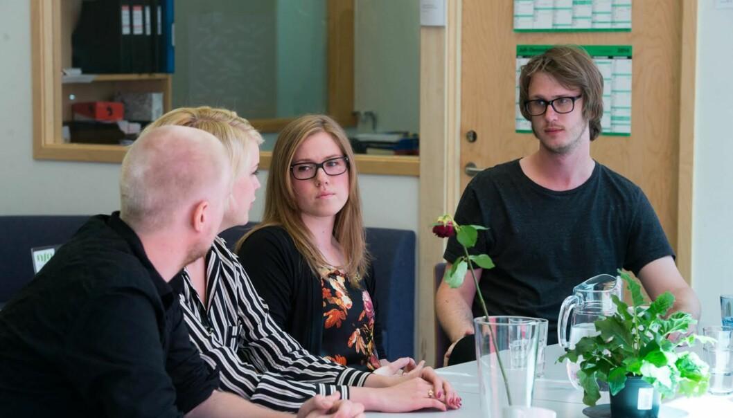 Leder i Studentparlamentet, Tord Øverland, (t.h.) er litt skuffet over lav valgdeltakelse. Bildet er fra i sommer da det nye arbeidsutvalget tiltrådte. F.v. Jørgen Andersen, Kine Nossen og TamaraEiret.