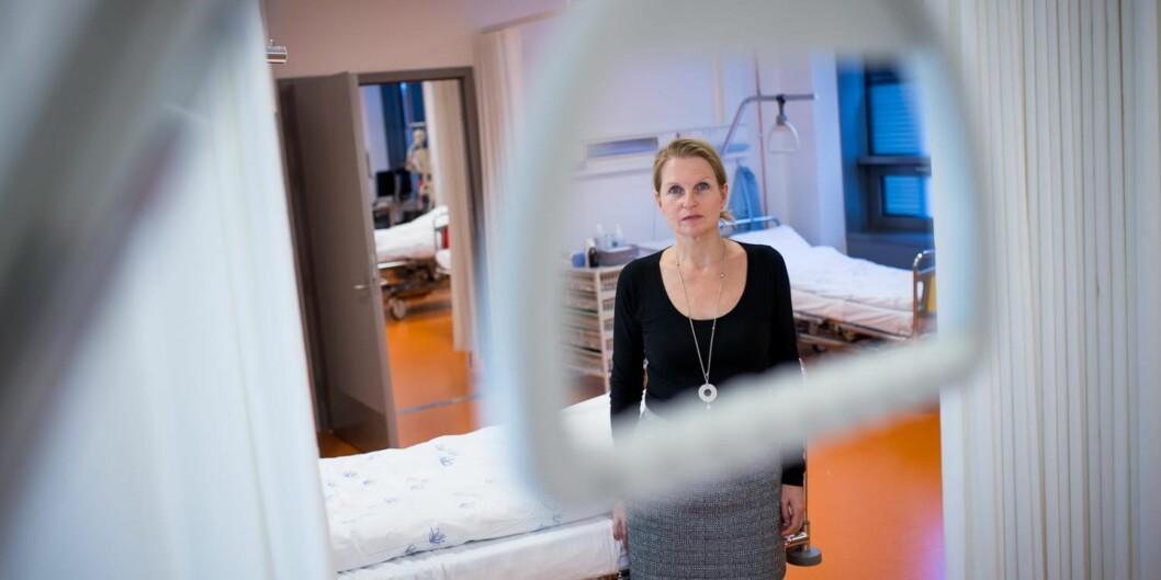 Fakultetsdirektør Kristin Nordseth og  Fakultet for helsefag ved HiOA mener at ingen studier ved fakultetet er forening med heldekkendeplagg.