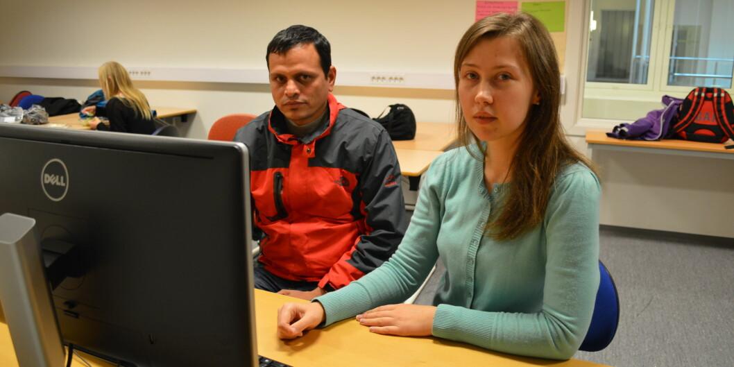 Iryna Prykhodko fra Ukraina og Do P. Blattarai fra Nepal er masterstudenter ved Høgskolen i Oslo og Akershus (HiOA) og har bare vært i Norge noen uker. De er rystet over regjeringens forslag om skolepenger forutenlandsstudenter.