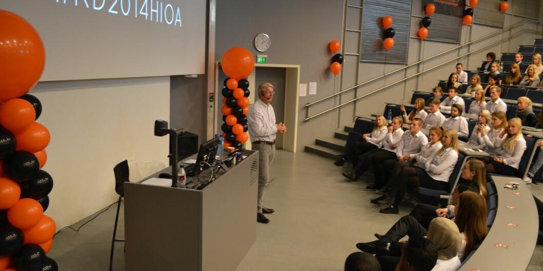 Oslos ordfører Fabian Stang holdt foredrag under karrieredagen for økonomistudentene ved Høgskolen i Oslo og Akershus. Foto: EvaTønnessen
