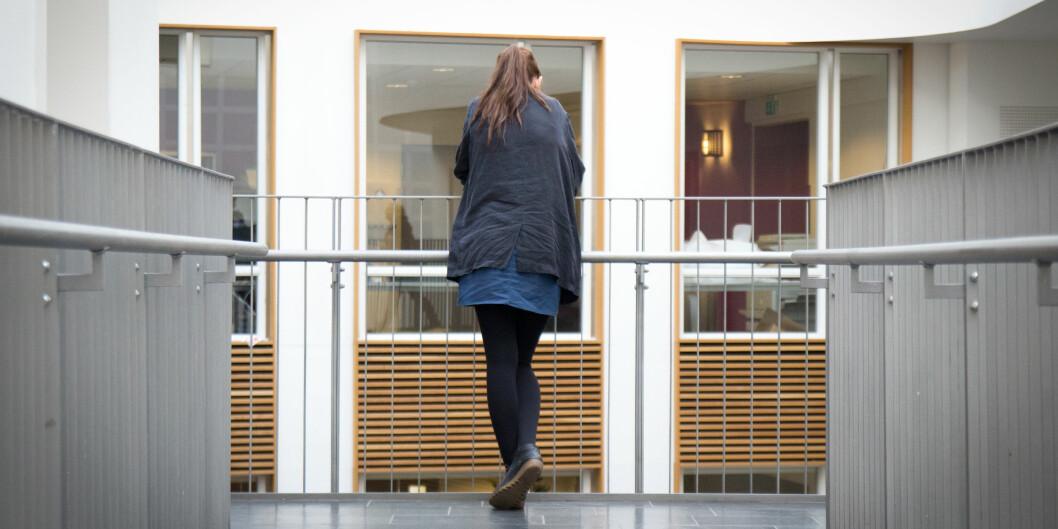 Ensom: 12 prosent av de mannlige og 14 prosent av de kvinnelige studentene ved samfunnsvitenskapelig fakultet på HiOA melder at de er ensomme. Det er mer enn ved de øvrige fakultetene vedhøgskolen. Foto: Ismail Özkan