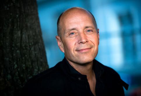 Larsen går til Nav