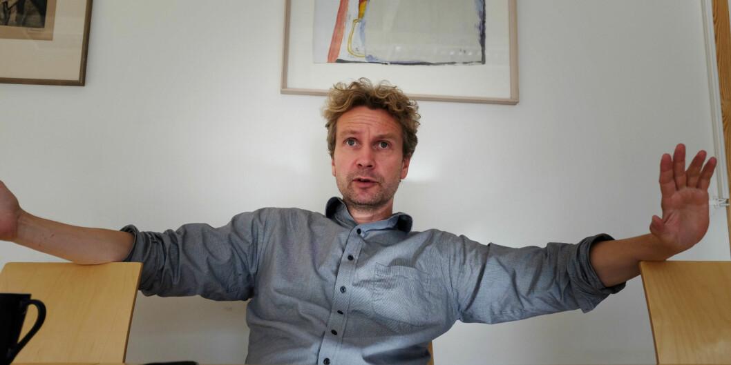 Forsker Johan Frederik Rye etterlyser sensurveiledning etter store sprik ikaraktersetting.