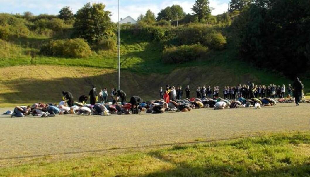 Rektor ved Singsaker skole mente opptaksseremonien til studentforeningen Mannhullet ved NTNU minnet om en henrettelsesseremoni og måtte avlyse utedagen til seksåringene påskolen.
