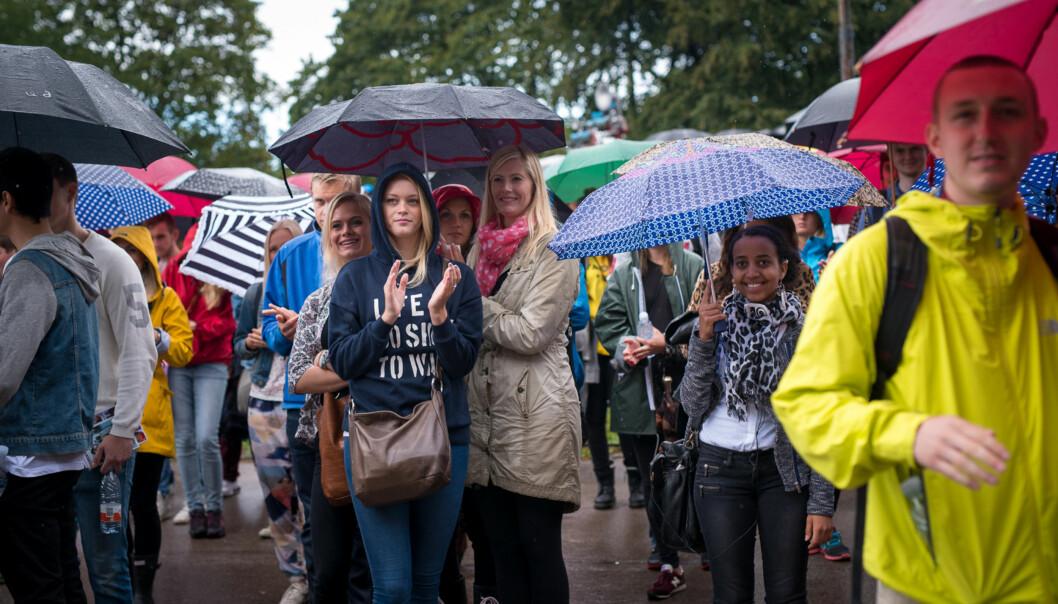 Det var trangt om plassen på St Hanshaugen da rektor ønsket velkommen til HiOA-studentene ved studiestart i høst, men likevel kan hver sjette student føle segensom. Foto: Skjalg Bøhmer Vold