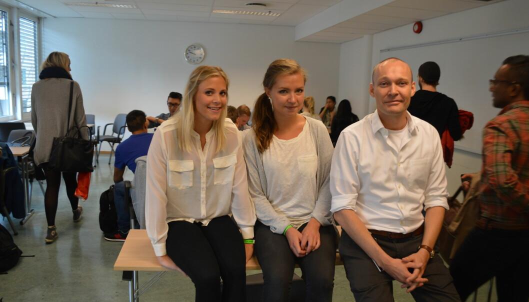 Andreårsstudentene Hanne Valseth Pedersen og Sofie Rindal Hoff har bidratt på en forbilledlig måte overfor ferske masterstudenter, forteller førsteamanuensis og forkursansvarlig, KnutNygaard.