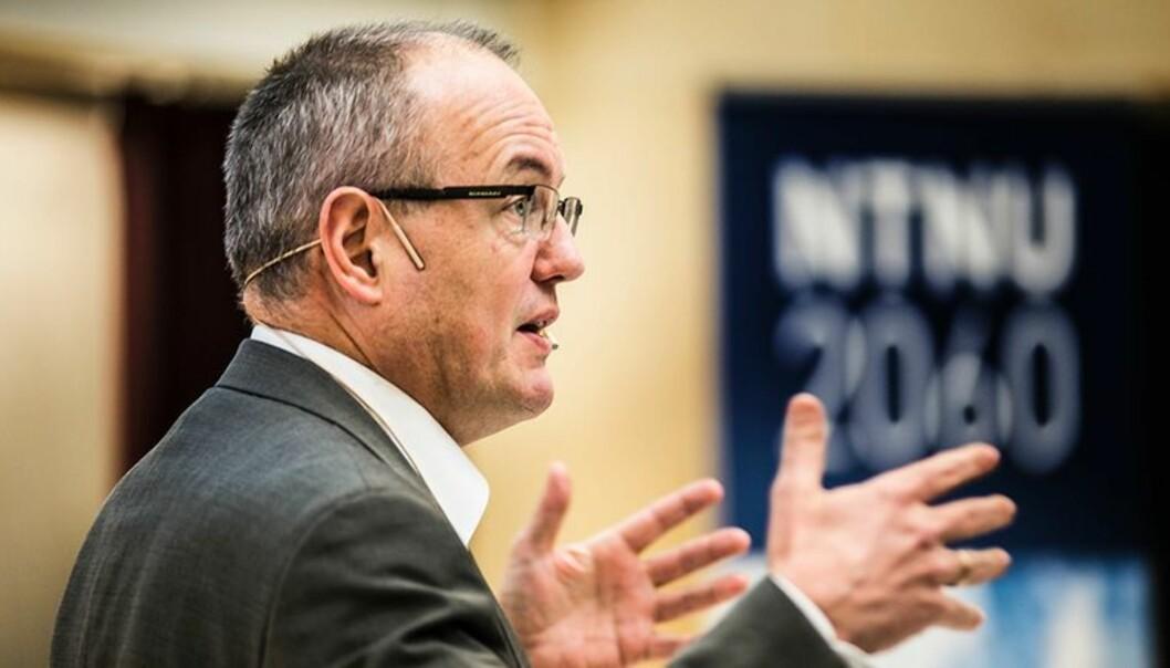 Rektor Gunnar Bovim ved NTNU i Trondheim er i dialog om fusjon med flere høgskoler i Midt-Norge. Foto: Kristoffer Furberg,Universitetsavisa.