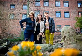To nye kvinner blir professor