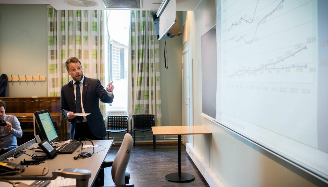 Regjeringen med Torbjørn Røe Isaksen i spissen har nedfelt sitt løfte om 5-åriglærerutdanning. Foto: Skjalg Bøhmer Vold