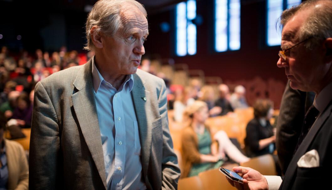 Ola Stave, generalsekretær i Universitets- og høgskolerådet (UHR), sammen med styreleder for UHR og rektor ved Universitet i Oslo, Ole Petter Ottersen, ved åpningen av seminaret om den nyetellekantrapporten. Foto: Skjalg Bøhmer Vold